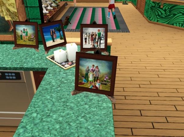4.05.50 - Family photos